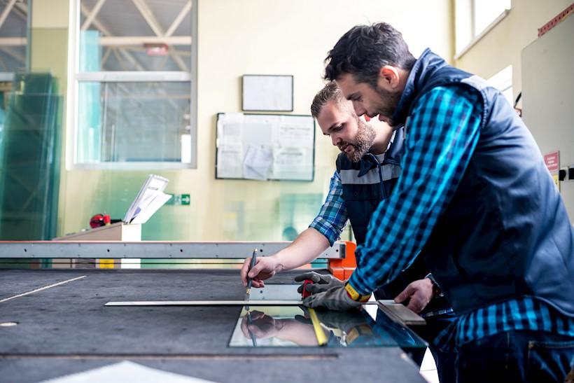 """PVC ir ALU gaminių montuotojai, UAB """"DW Systems"""""""