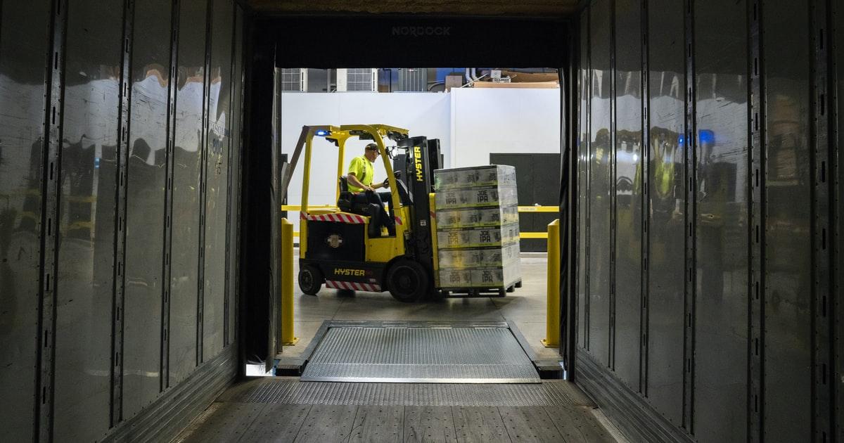 Darbai sandėliuose Vokietijoje, work by team inhouse logistics, UAB
