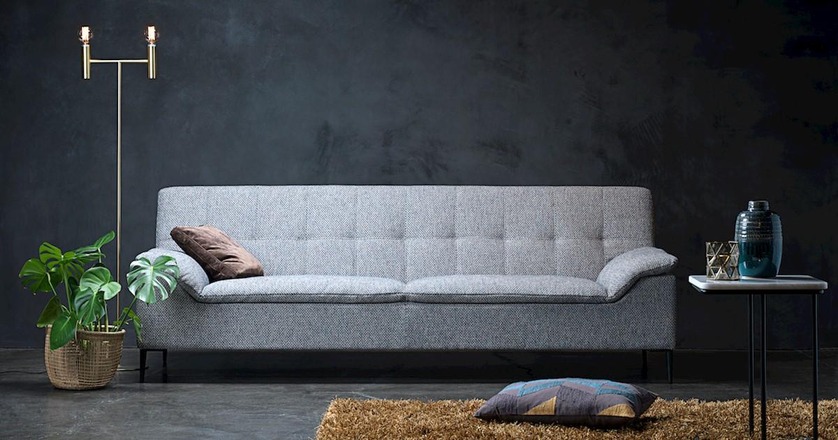 Medinių baldų detalių komplektuotojas (-a), Theca Furniture, UAB